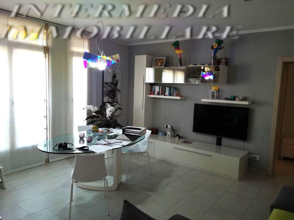Appartamento in vendita a Montevarchi, 5 locali, prezzo € 255.000 | CambioCasa.it