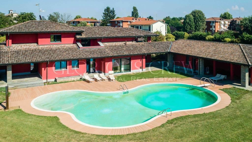 Villa in vendita a San Genesio ed Uniti, 12 locali, prezzo € 3.250.000   PortaleAgenzieImmobiliari.it