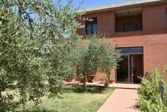 Villa in Vendita a Citta' Della Pieve: 5 locali, 170 mq