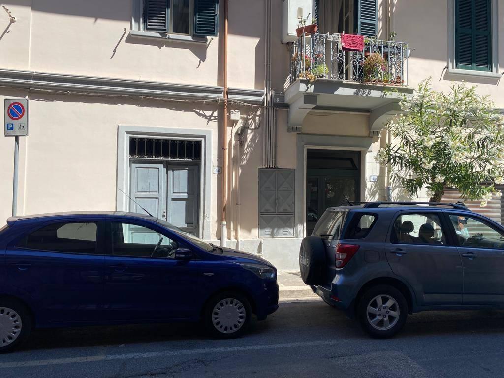 Negozio / Locale in vendita a Nettuno, 3 locali, prezzo € 45.000   CambioCasa.it