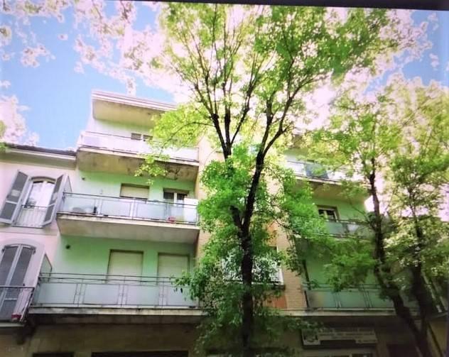 Appartamento in vendita a Salsomaggiore Terme, 3 locali, prezzo € 75.000 | CambioCasa.it