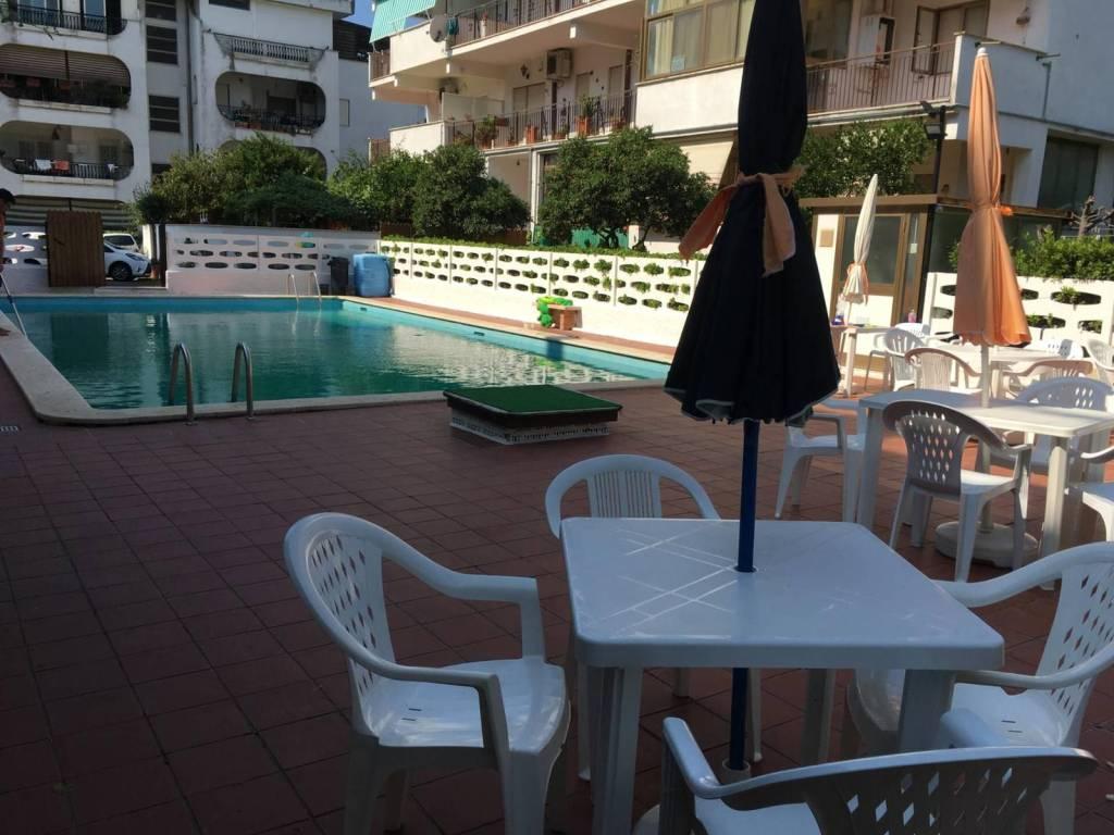 Appartamento in vendita a Santa Marinella, 3 locali, prezzo € 120.000 | CambioCasa.it