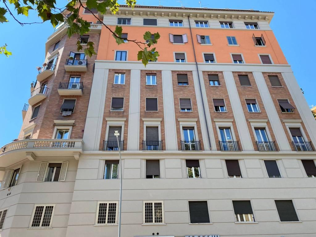 Appartamento in vendita a Roma, 4 locali, zona Zona: 14 . San Giovanni, Re di Roma, P.ta Metronia, prezzo € 398.000 | CambioCasa.it