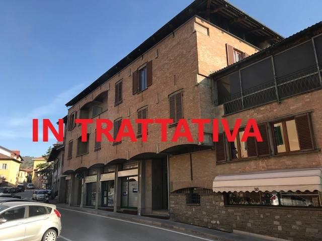 Foto 1 di Trilocale via Umberto I, 29, Pecetto Torinese