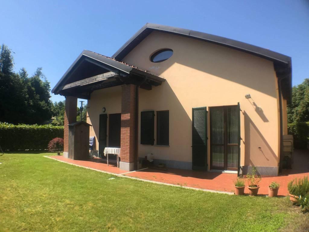 Villa in ottime condizioni in vendita Rif. 8730883