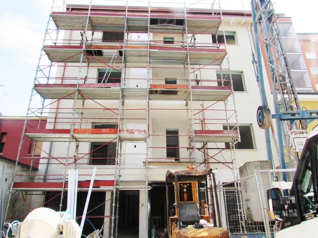 Appartamento in vendita a Cusano Milanino, 3 locali, prezzo € 300.500 | PortaleAgenzieImmobiliari.it