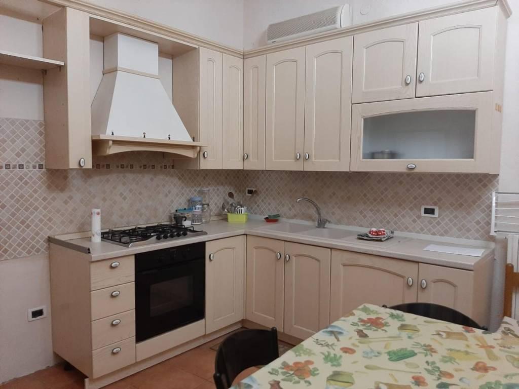 Appartamento in Vendita a Pisa Centro: 5 locali, 87 mq