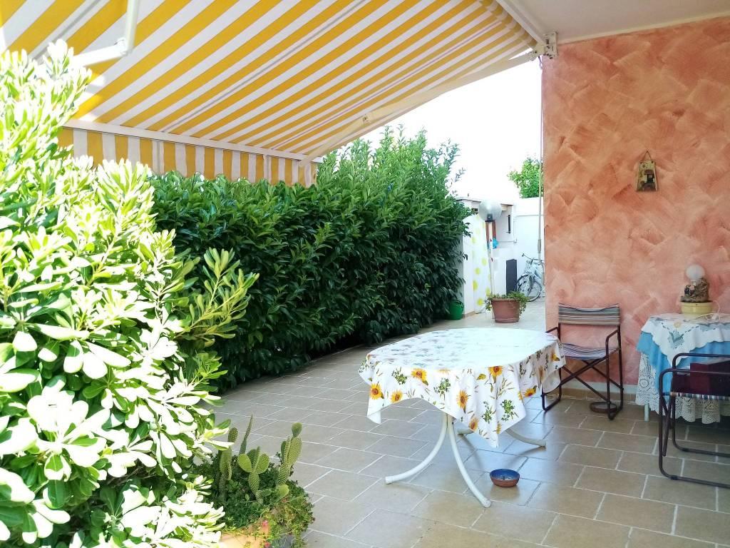 Villetta in Vendita a Ginosa Semicentro: 3 locali, 98 mq