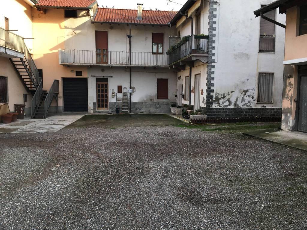 Appartamento in vendita a Boffalora Sopra Ticino, 3 locali, prezzo € 90.000 | PortaleAgenzieImmobiliari.it