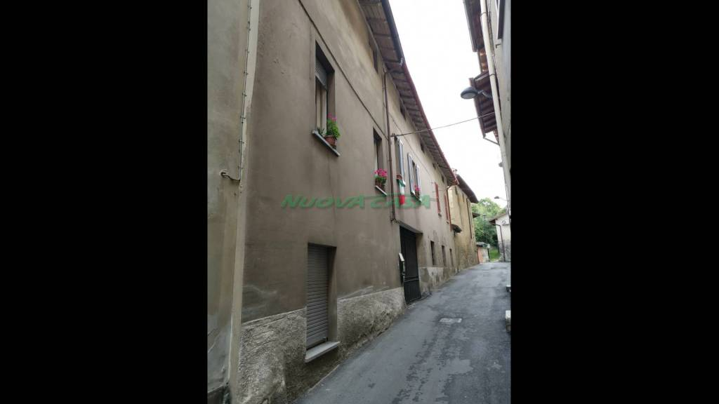 Appartamento in vendita a Cremella, 3 locali, prezzo € 100.000 | PortaleAgenzieImmobiliari.it