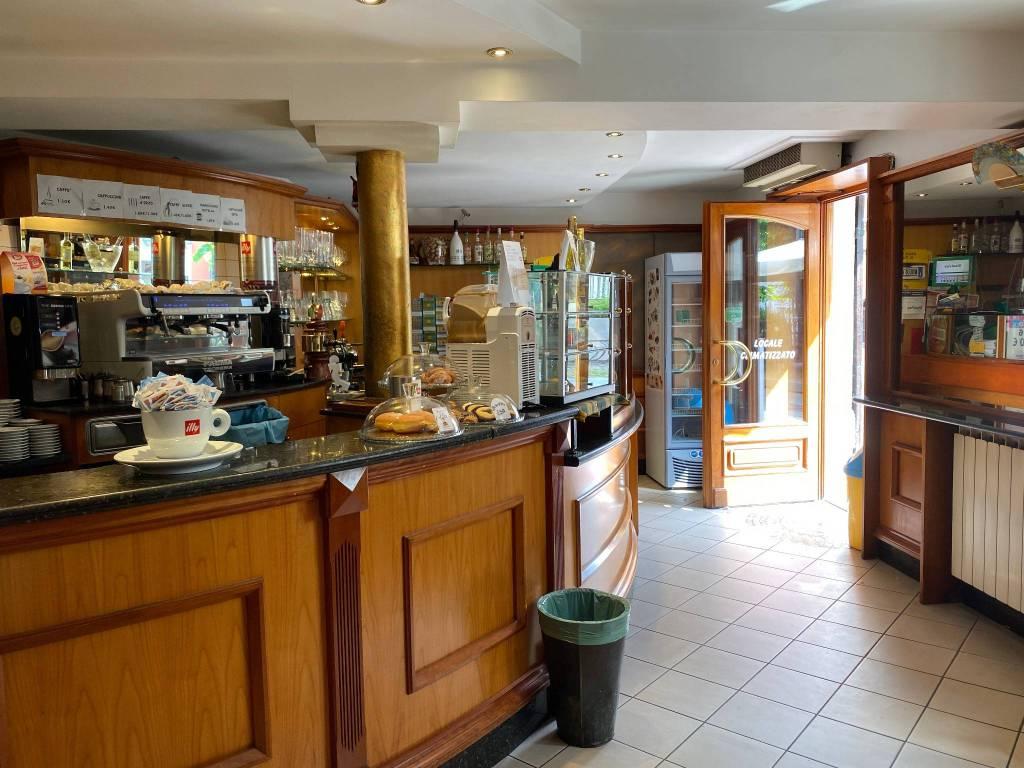 Bar in vendita a Poirino, 2 locali, prezzo € 125.000   PortaleAgenzieImmobiliari.it