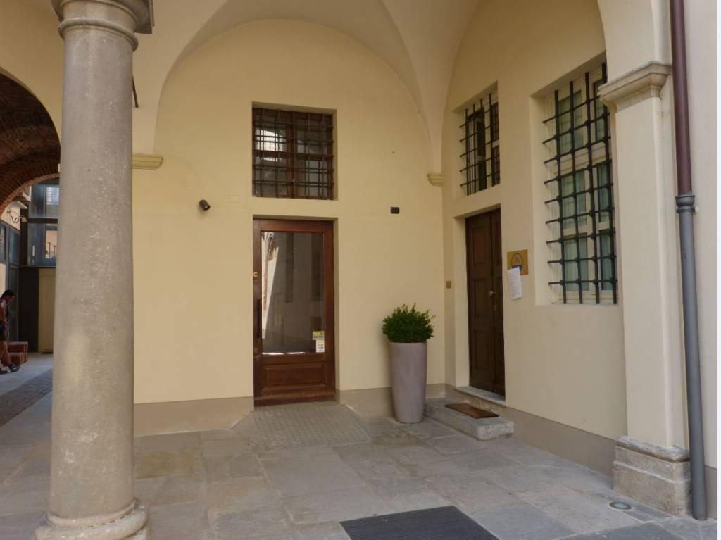 Attività / Licenza in affitto a Fossano, 1 locali, prezzo € 280 | CambioCasa.it