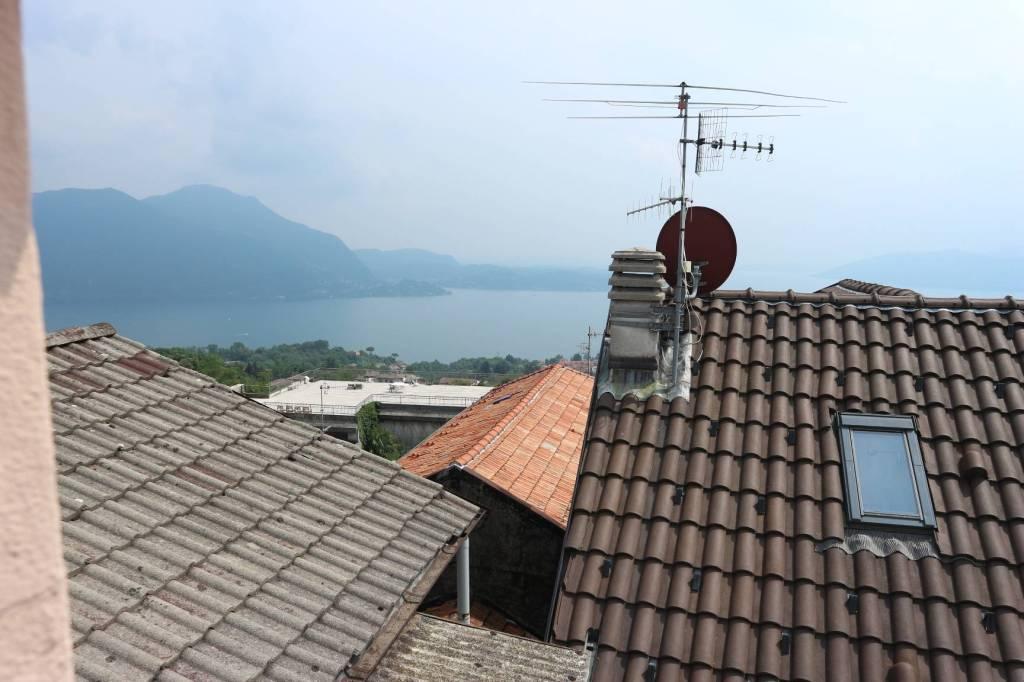 Appartamento in vendita a Arizzano, 3 locali, prezzo € 88.000 | CambioCasa.it