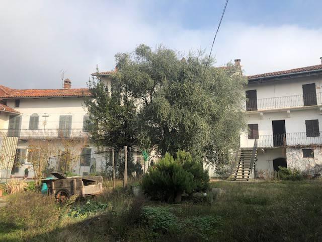 Rustico / Casale in vendita a Passerano Marmorito, 12 locali, prezzo € 148.000 | PortaleAgenzieImmobiliari.it