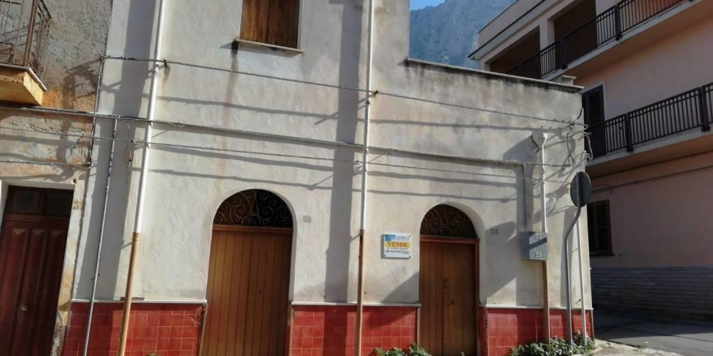 Appartamento in vendita a Cinisi, 5 locali, prezzo € 75.000 | PortaleAgenzieImmobiliari.it