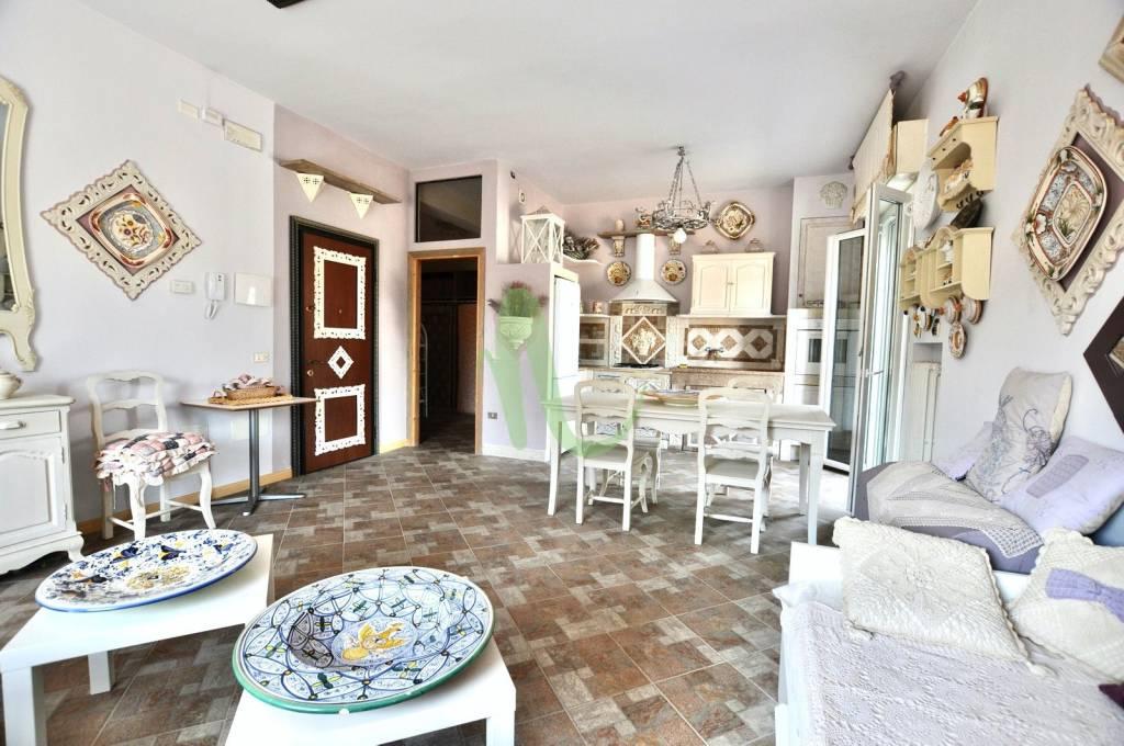 Appartamento in Vendita a Cesenatico Centro: 2 locali, 92 mq