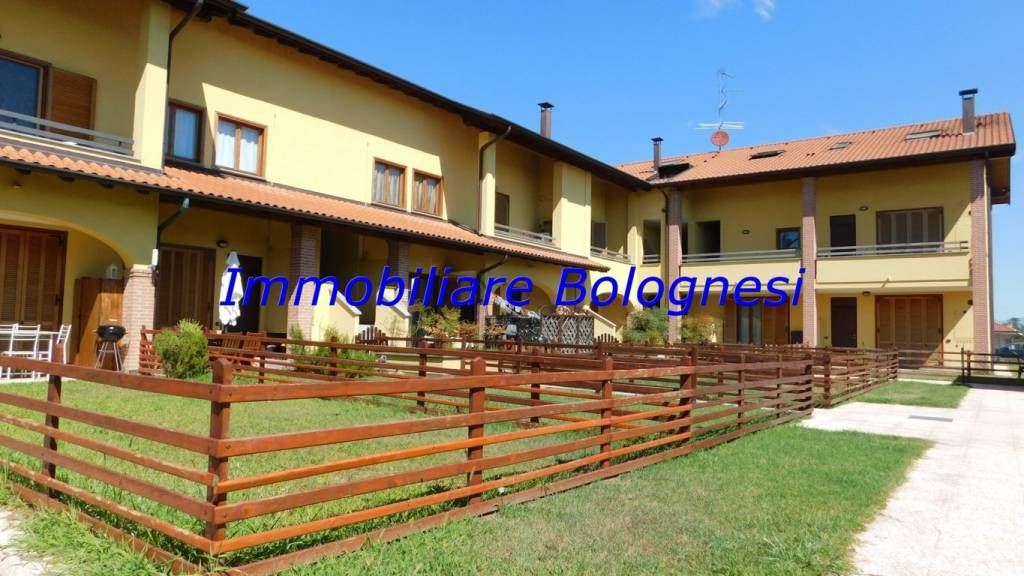 Appartamento in vendita a Vizzola Ticino, 4 locali, prezzo € 168.000 | CambioCasa.it
