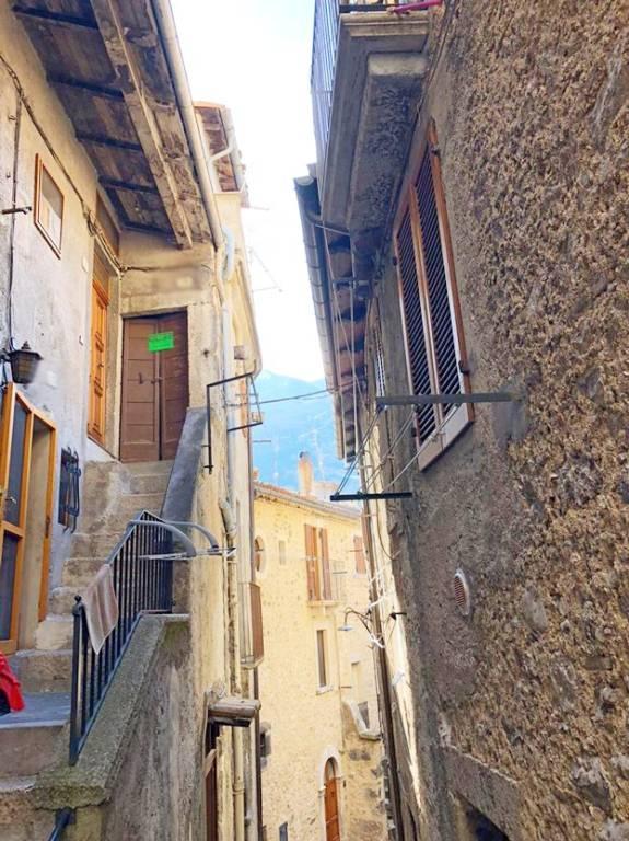 Appartamento in vendita a Scanno, 2 locali, prezzo € 40.000 | CambioCasa.it