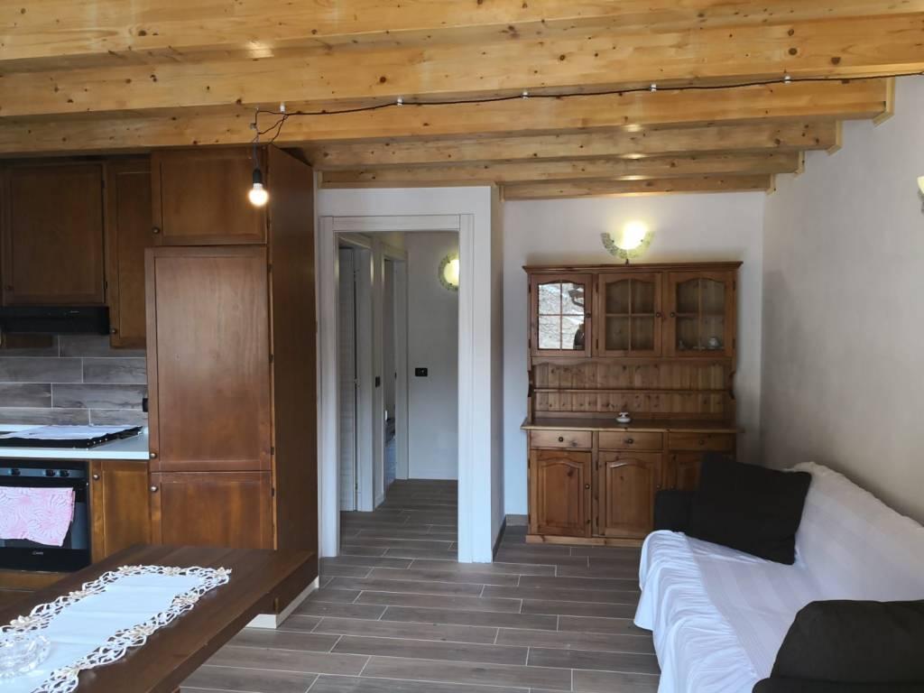 Appartamento in vendita a Ponte di Legno, 4 locali, prezzo € 230.000 | PortaleAgenzieImmobiliari.it