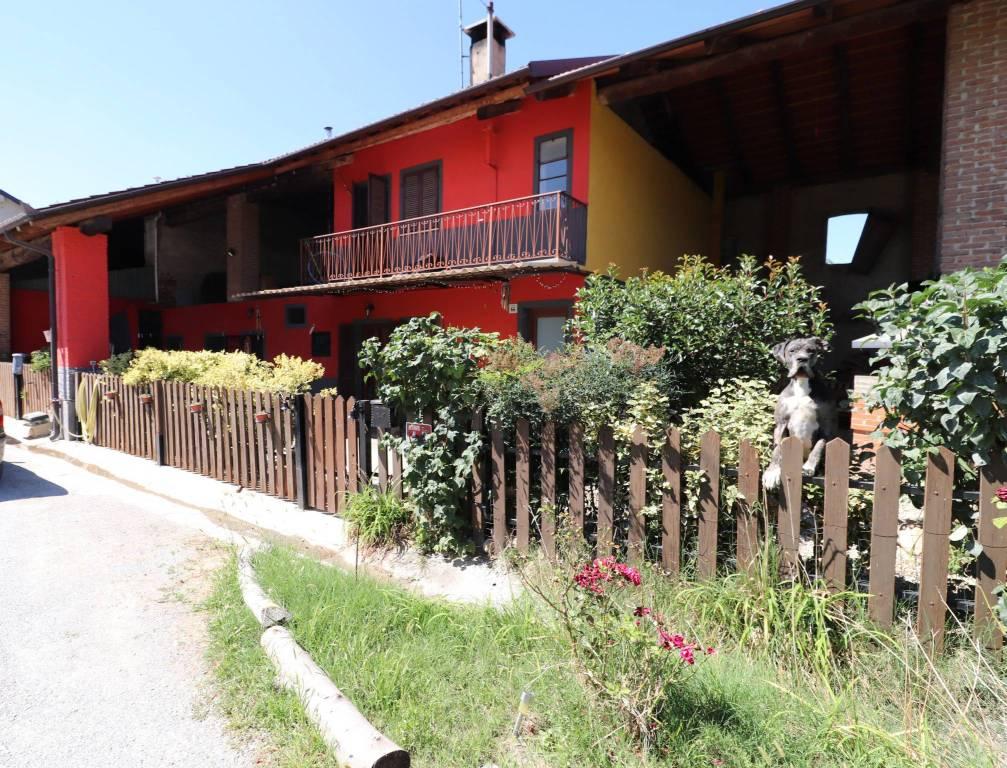Rustico / Casale in vendita a Cuneo, 6 locali, prezzo € 165.000 | CambioCasa.it