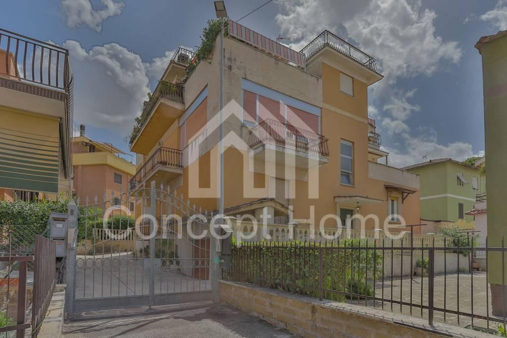 Appartamento in vendita a Tivoli, 3 locali, prezzo € 150.000 | PortaleAgenzieImmobiliari.it