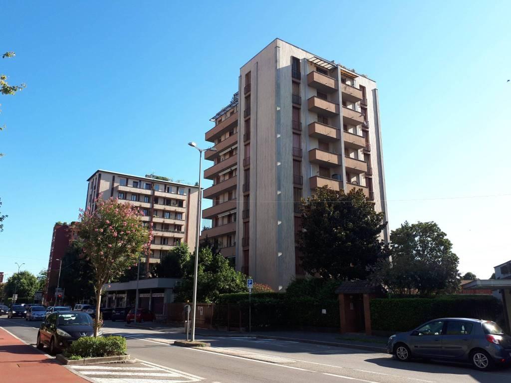 Appartamento in vendita a Settimo Milanese, 4 locali, prezzo € 209.000 | CambioCasa.it