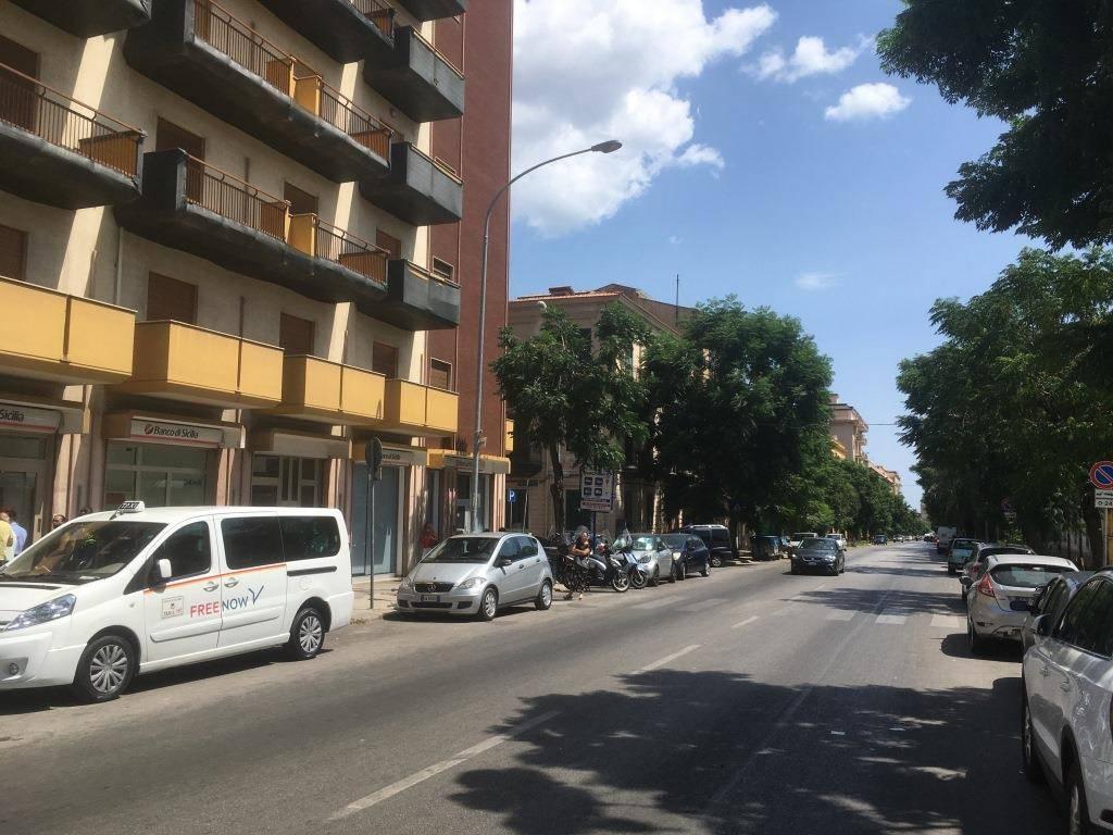 Appartamento in Affitto a Palermo Centro: 1 locali, 44 mq