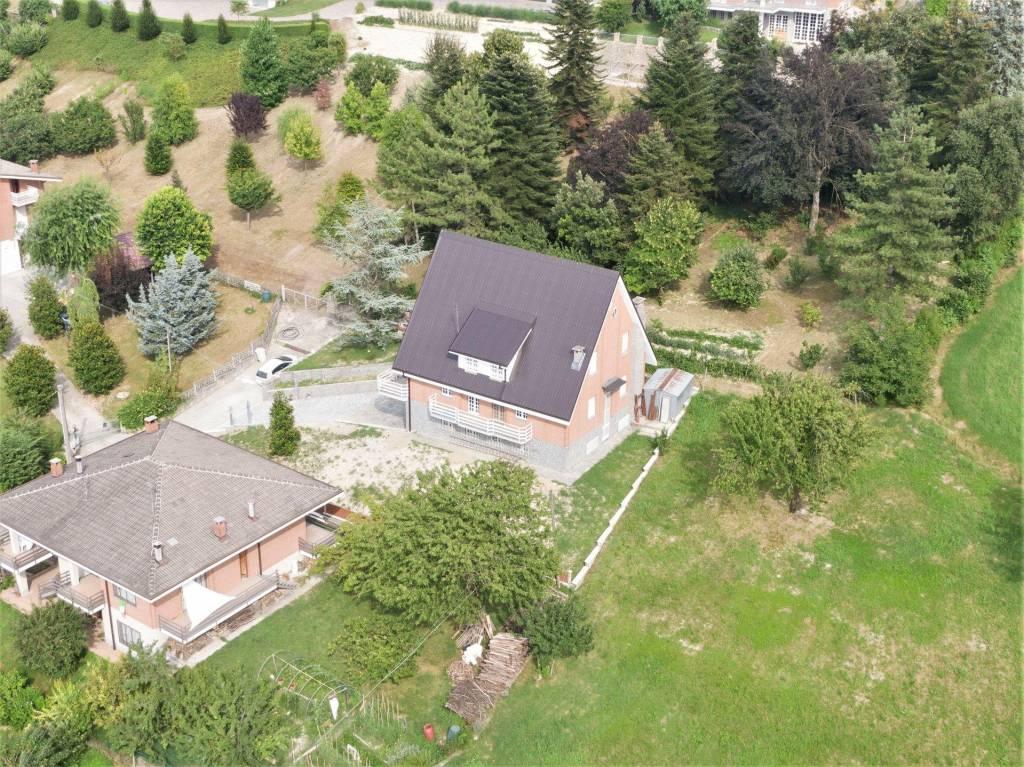 Villa in vendita a Priocca, 7 locali, prezzo € 220.000 | PortaleAgenzieImmobiliari.it