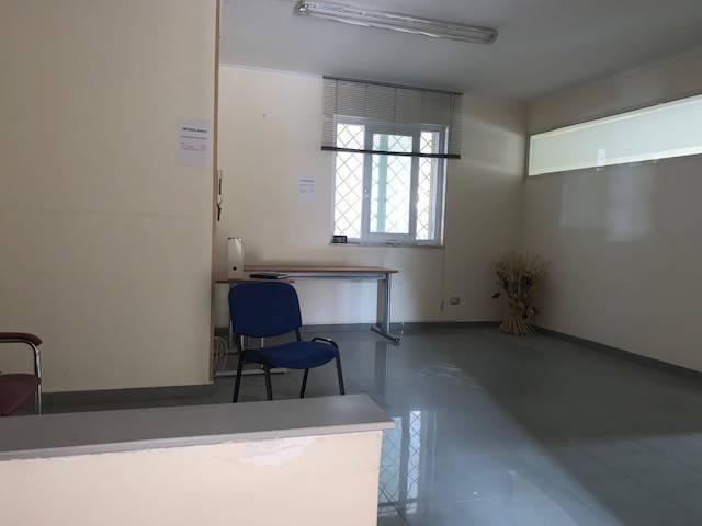 Ufficio / Studio in affitto a Marano di Napoli, 9999 locali, prezzo € 500 | CambioCasa.it