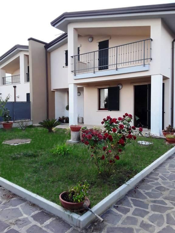 Casa indipendente in Vendita a Perugia: 4 locali, 280 mq