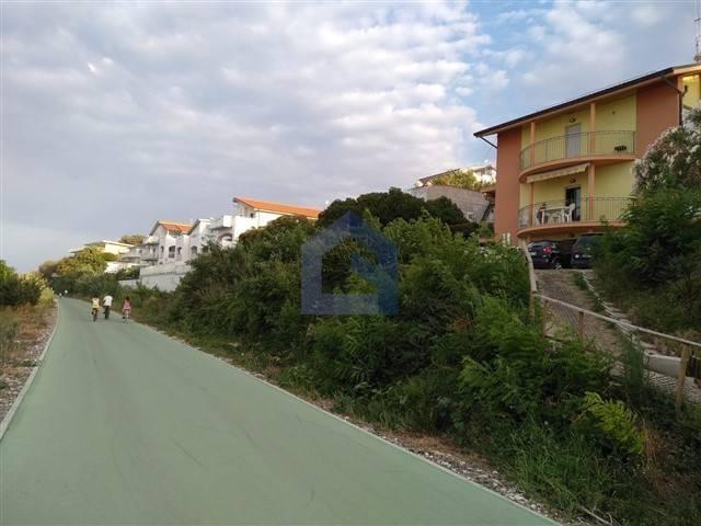 Appartamento quadrilocale in vendita a Torino di Sangro (CH)