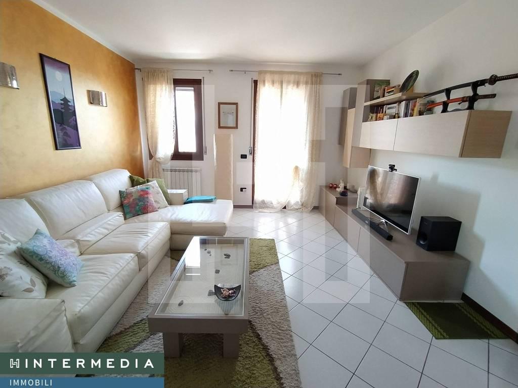 Appartamento in vendita a Vigonovo, 3 locali, prezzo € 120.000 | CambioCasa.it