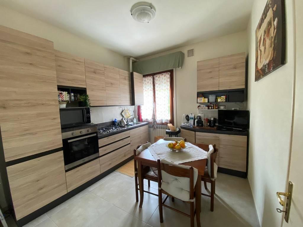 Appartamento in vendita a Forte dei Marmi, 5 locali, prezzo € 550.000 | PortaleAgenzieImmobiliari.it