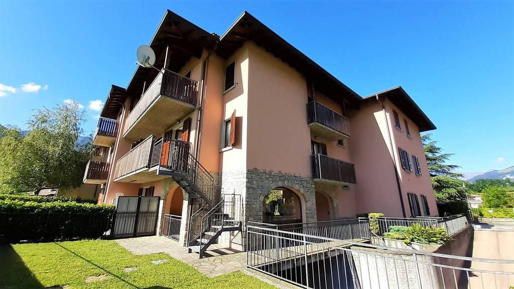 Appartamento in affitto a Clusone, 2 locali, prezzo € 450 | CambioCasa.it