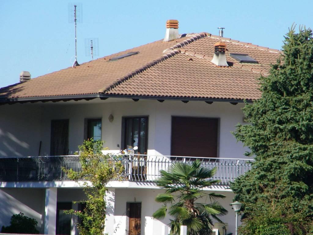 Appartamento in affitto a Andezeno, 2 locali, prezzo € 350 | PortaleAgenzieImmobiliari.it