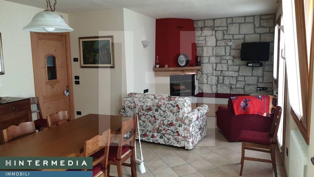 Appartamento in vendita a Roana, 4 locali, prezzo € 165.000 | CambioCasa.it