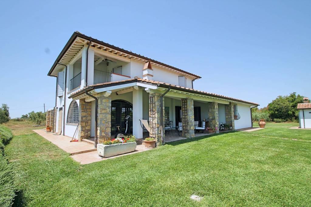 Villa in ottime condizioni arredato in vendita Rif. 4254605