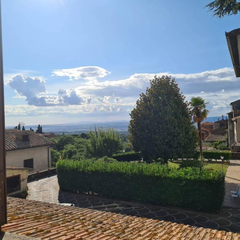Appartamento in vendita a Viterbo, 3 locali, prezzo € 85.000 | CambioCasa.it