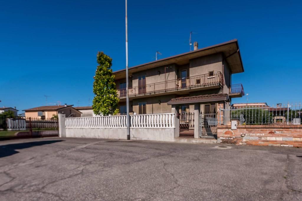 Appartamento in vendita a Ghedi, 4 locali, prezzo € 175.000 | PortaleAgenzieImmobiliari.it