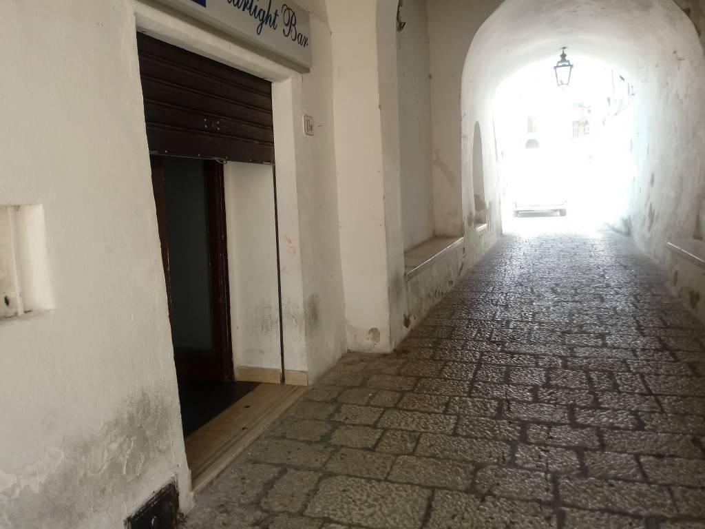 Negozio / Locale in vendita a Ailano, 1 locali, prezzo € 70.000 | CambioCasa.it