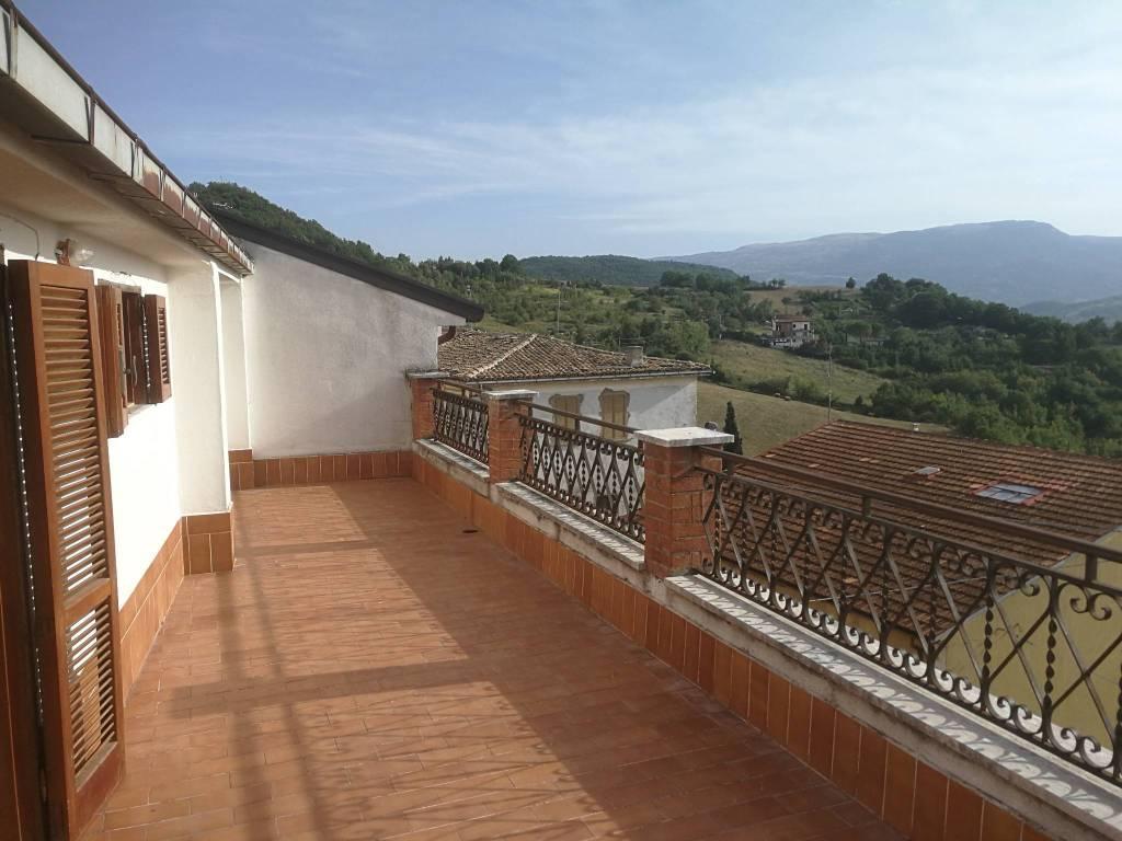 Appartamento in vendita a Bagnoli del Trigno, 5 locali, prezzo € 75.000 | PortaleAgenzieImmobiliari.it