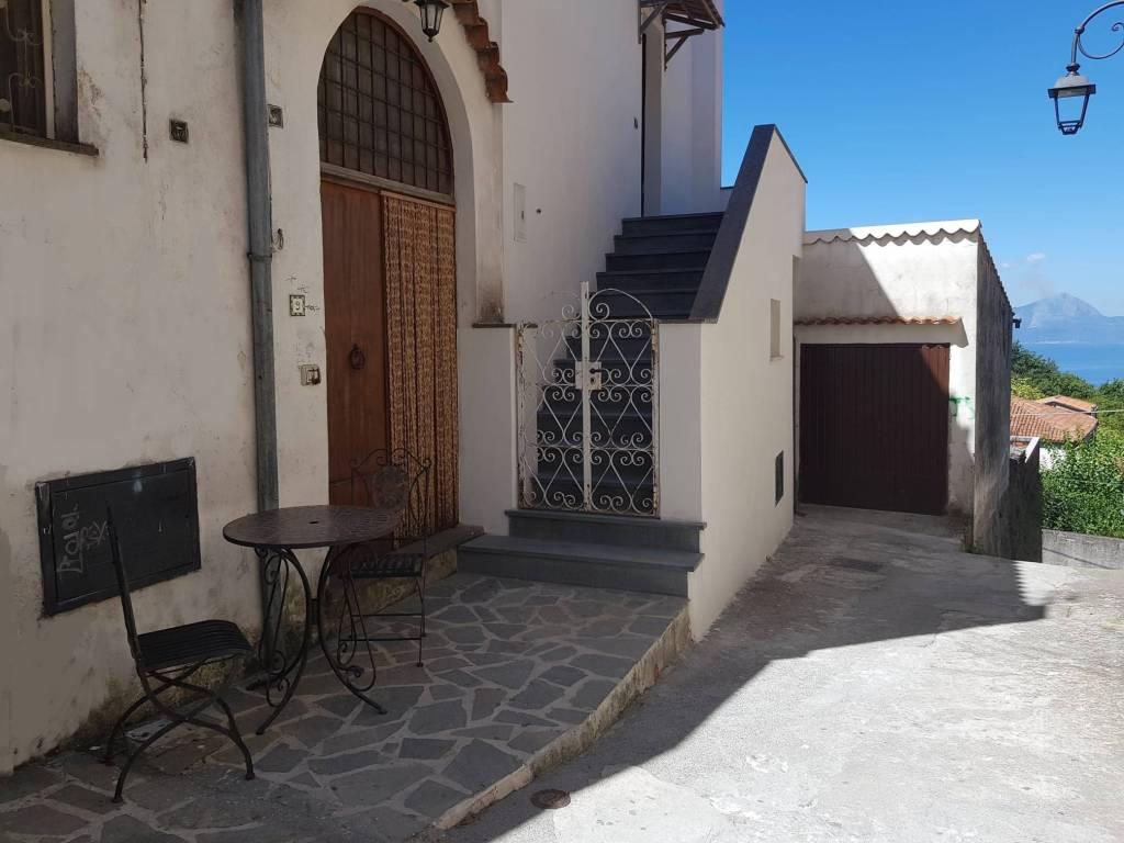 Appartamento in vendita a Maratea, 5 locali, prezzo € 87.000 | CambioCasa.it