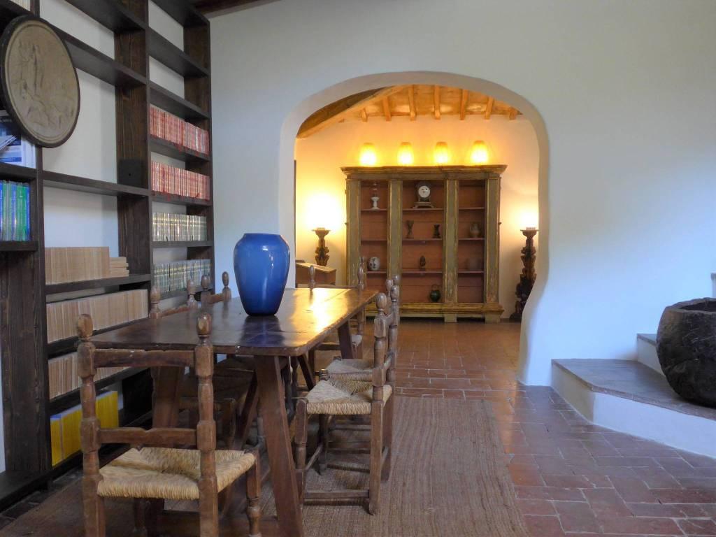 Rustico / Casale in affitto a Fiesole, 7 locali, prezzo € 2.500   PortaleAgenzieImmobiliari.it