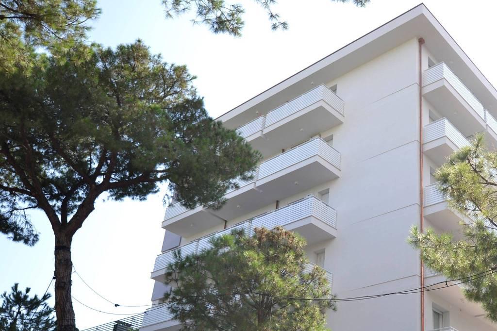 Appartamento in Vendita a Riccione Centro: 3 locali, 95 mq