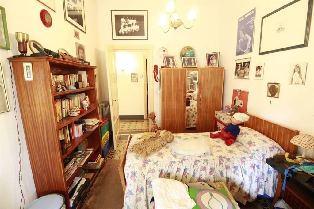 Appartamento in vendita a Lucca, 5 locali, prezzo € 285.000   CambioCasa.it