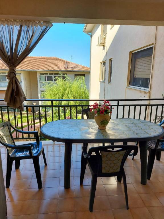 Appartamento in vendita a Aci Castello, 4 locali, prezzo € 110.000 | PortaleAgenzieImmobiliari.it
