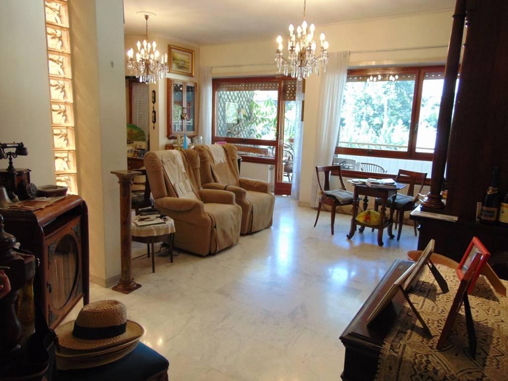Appartamento in vendita a Roma, 4 locali, zona Zona: 24 . Gianicolense - Colli Portuensi - Monteverde, prezzo € 620.000   CambioCasa.it