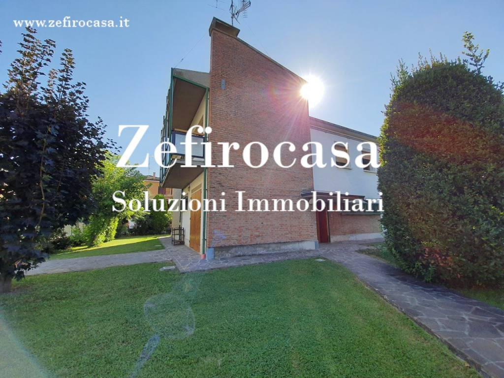 Villa in Vendita a San Giovanni In Persiceto Centro: 5 locali, 290 mq
