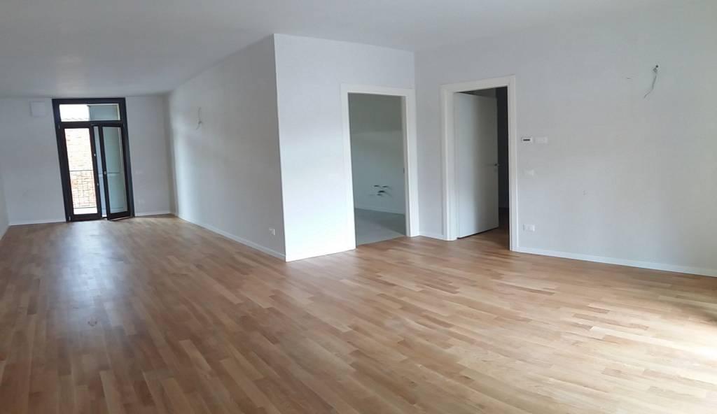 Appartamento in vendita a Rho, 4 locali, prezzo € 348.000   PortaleAgenzieImmobiliari.it