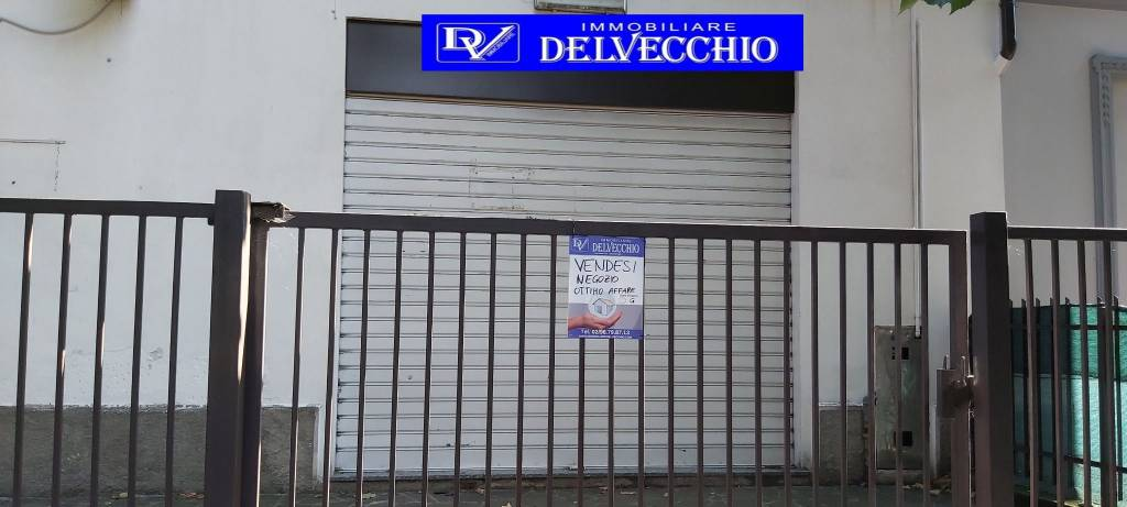 Negozio / Locale in vendita a Solaro, 1 locali, prezzo € 40.000   PortaleAgenzieImmobiliari.it